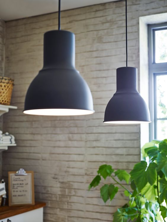 Met de HEKTAR hanglamp geef je jouw keuken een stoere look. #IKEA ...