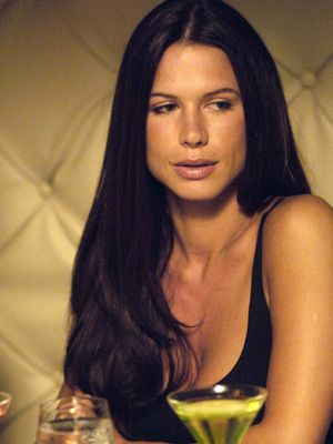 Rhona Mitra from nip/tuck, she is so beautiful and eligant