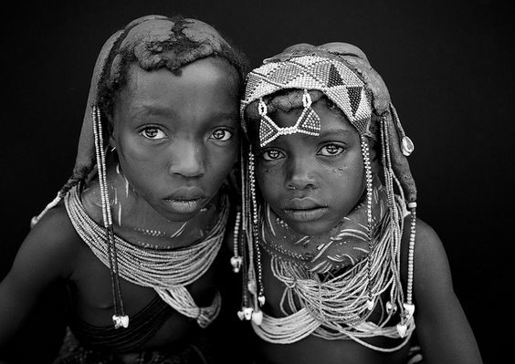 headdress, beading, mud dreadlocks, tribal, portrait, children Mwila Young Girls, Angola | Flickr - Photo Sharing!