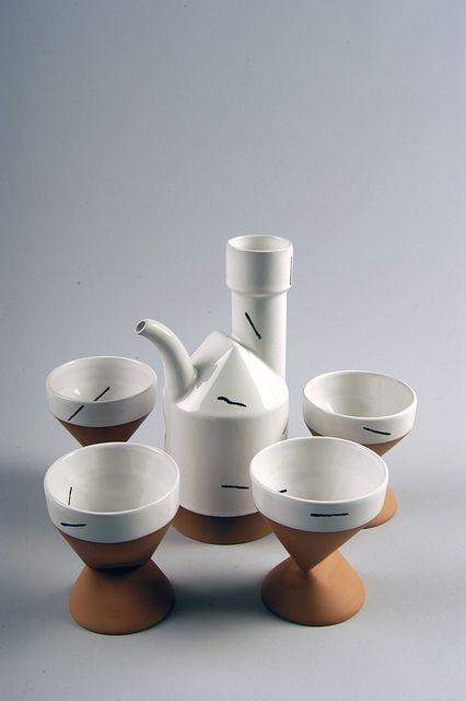 Paul eshelman teapot set c 1985 home goods for Cute pottery designs