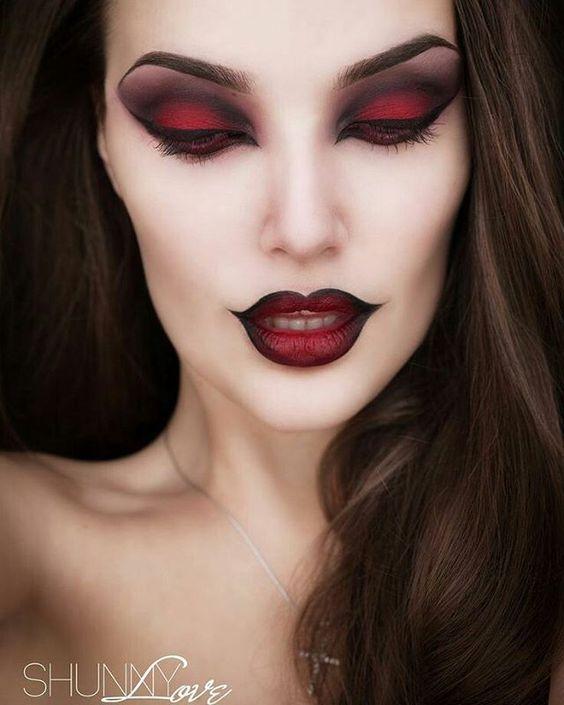 @shunnylove's vamp makeup is beaut. ✴❤✴ #vamp #makeup #gothic #goth #halloween…