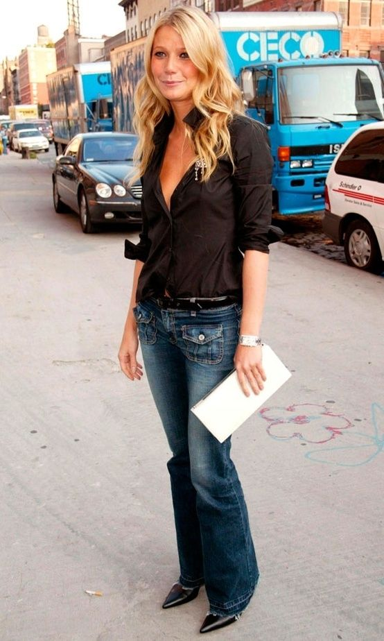 Gwyneth Paltrow style. I don't like the front pockets on these jeans but I like the wash and the rest of the look.: