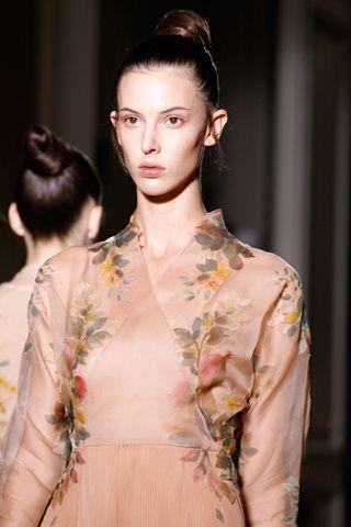 Valentino Fall 2012 Couture // Kimono style?