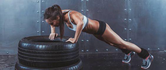 Immer wieder ein Thema: CROSSFIT - variable Übungen mit hoher Intensität und fettem Fitness-Faktor.   Hier die Vorteile aus Expertensicht auf einen Blick: http://www.personalfitness.de/lifestyle/395