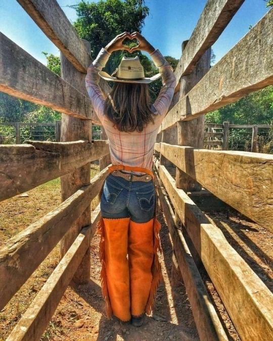 Thai massage naked girl