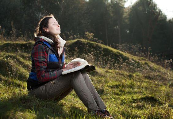 Aprenda Como Ler a Bíblia e Entendê-la Mais Facilmente