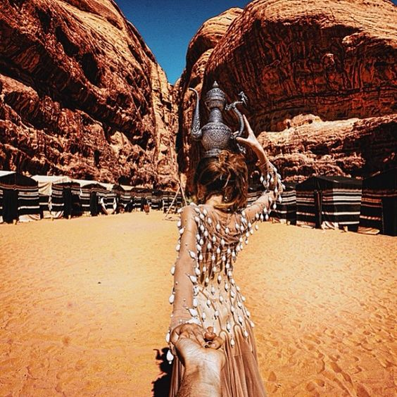 #followmeto the amazing Wadi Rum desert in Jordan with @yourleo. It was a great trip and I would definitely recommend visiting this country - it has so much to offer! Huge thanks to the Jordan Tourism Board for making it happen. #shareyourjordan