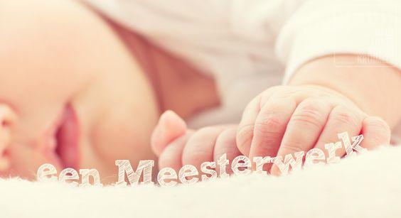 Een Meesterwerk. Uiteindelijk zijn we allemaal het werk van onze Meester. God stond aan het begin van ons leven en Hij zal er zijn aan het eind van ons leven. Hij weefde ons in de moederschoot. Hij had ons voor ogen, precies zoals we zijn. Laat je niet kleineren door de wereld. Jij bent een...  http://www.dagelijksebroodkruimels.nl/bijbelse-wijsheden/een-meestwerk/:
