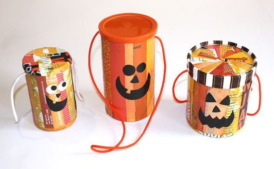 Candy Tote from oat can, could almost certainly use a coffee can or an ice cream carton too.