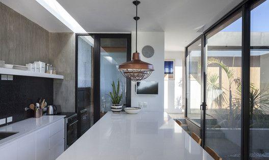 Gallery Of Closed House Felipe Gonzalez Arzac Arquitecto 30 House Interior Spaces Dining Room Design