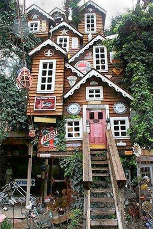 """Five story tree house- Perfect for our Alpine Mountain Town, Helen Georgia"""