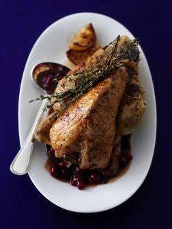Klassieke jus met port en cranberrysap - Recepten - Eten - ELLE | ELLE