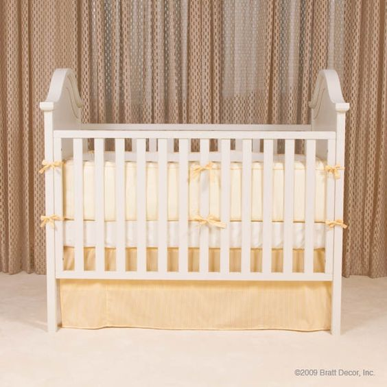 Ordinary Cheapest Place To Buy Baby Furniture #7: Jessica Simpson Bought The Park Avenue Crib In White For Her Baby. Available At Jack