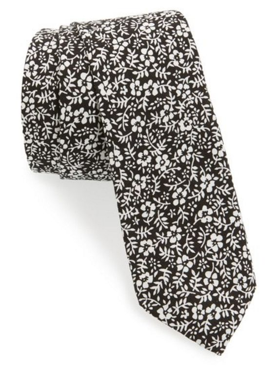 Black and White Floral Print Tie