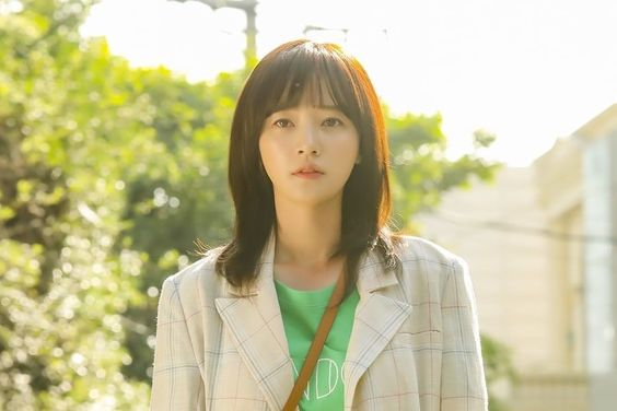 "JYP Entertainment To Take Legal Action On Song Ha Yoon's Unpaid Wages For ""Devilish Joy"""
