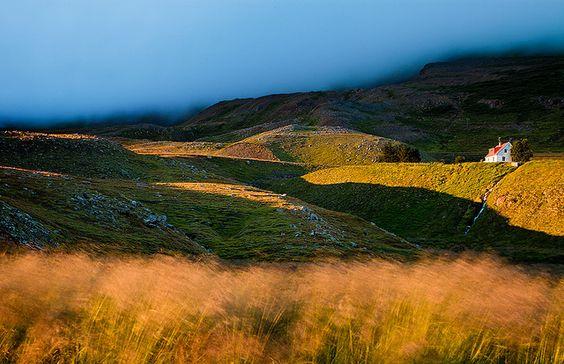 Todos os tamanhos | Iceland - Akureyri: Fields of Gold | Flickr – Compartilhamento de fotos!