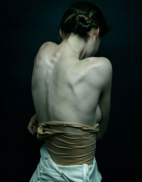 woman's back | editorial photography . Fotografie . photographie | Photo @ this…