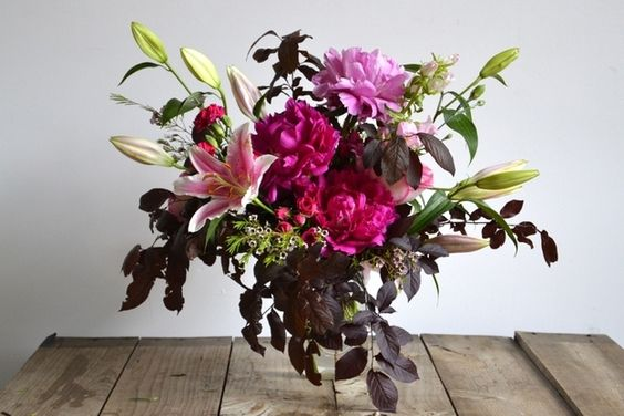 How to cheaply and easily make your own flower for Create your own flower arrangement