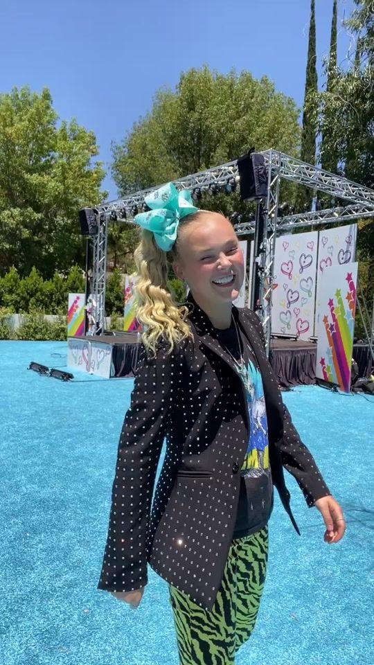 Jojo Siwa Itsjojosiwa Official Tiktok Watch Jojo Siwa S Newest Tiktok Videos In 2020 Jojo Siwa Jojo Jojo Siwa S Phone Number