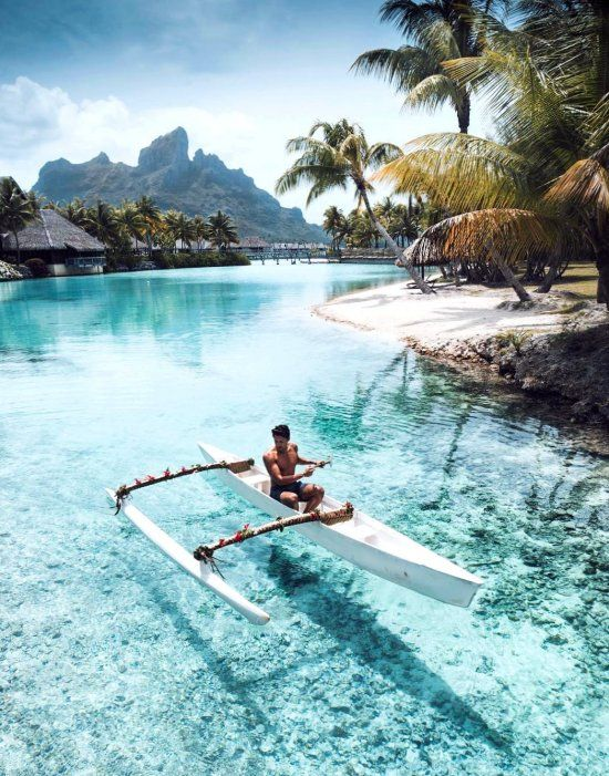 10 Best Places To Visit This Year Travel World Visit Vacation Place Great Pacific Thaiti Places To Visit Cool Places To Visit Beautiful Places To Visit