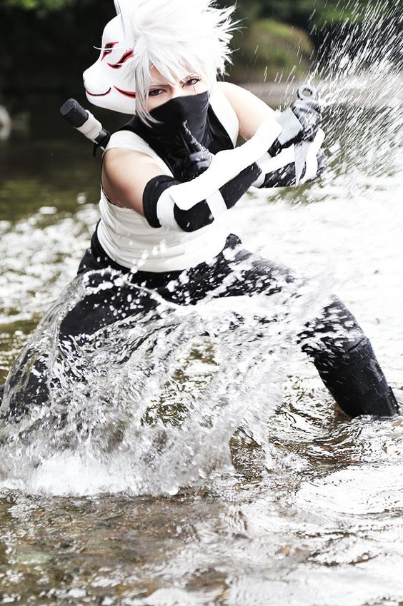 kuro Hatakekakashi Cosplay Photo - WorldCosplay; THAT WATER ACTION IS WHAT I CALL A DOPE COSPLAY, AHHHHHHHH: