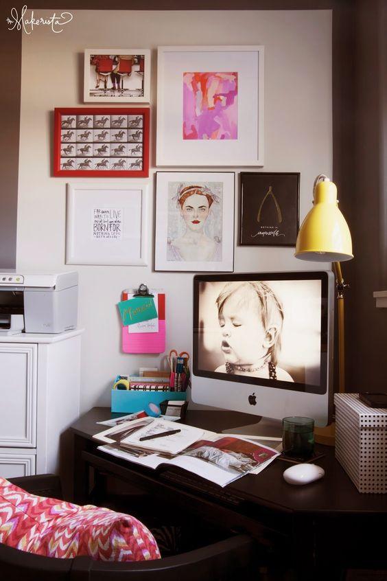 我們看到了。我們是生活@家。: 住在美國Missouri的Gwen,她的工作角落,加上黃色的燈點綴,帶點春天氣息!