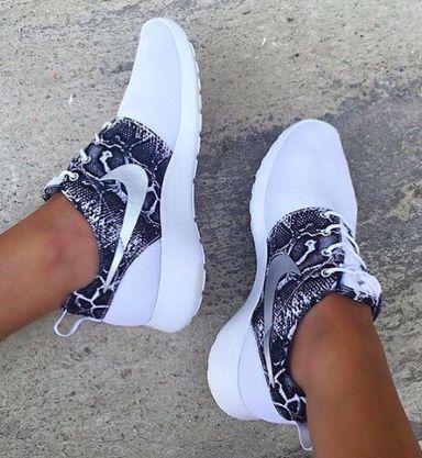 Nike Roshe Run Hyperfuse Doradas