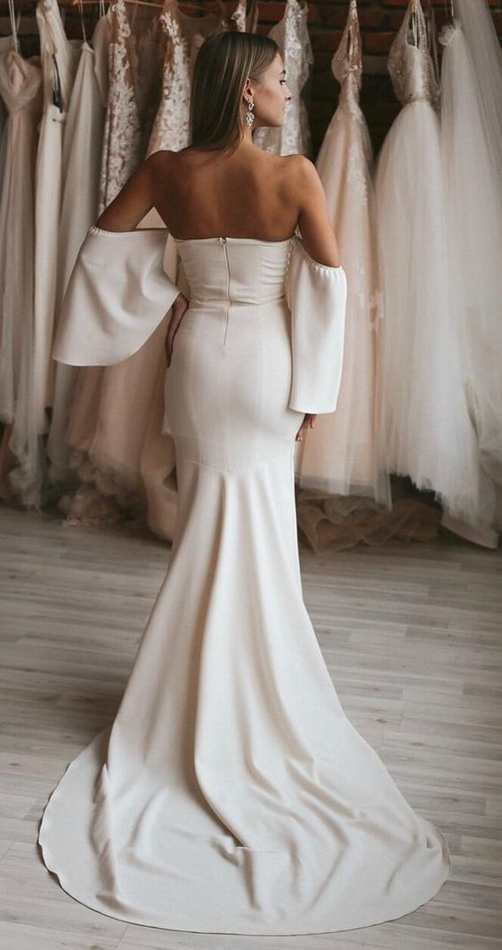 #minimalistdress #bridal #simpleweddingdress #wedding #weddingday #bride #weddingdress #sheerbride