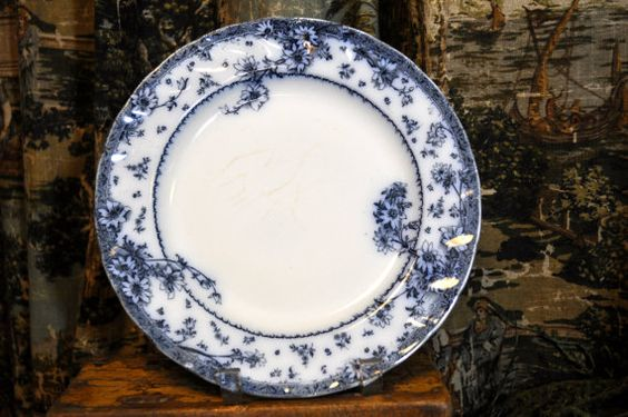 """Antique Flow Blue, Blue and White 10"""" Dinner Plate.The color is outstanding. S$26.00 at souhernsistersjewels on etsy"""