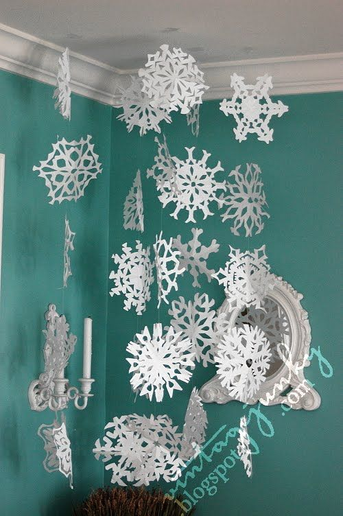 Paper Snowflakes No Tree In Our Living Room This Year Doesn T