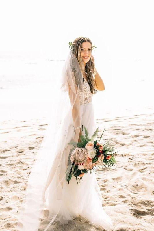 Willow Wine Flowers Orange Ca Weddingwire Wedding Dresses Wedding Top Wedding Dress Designers