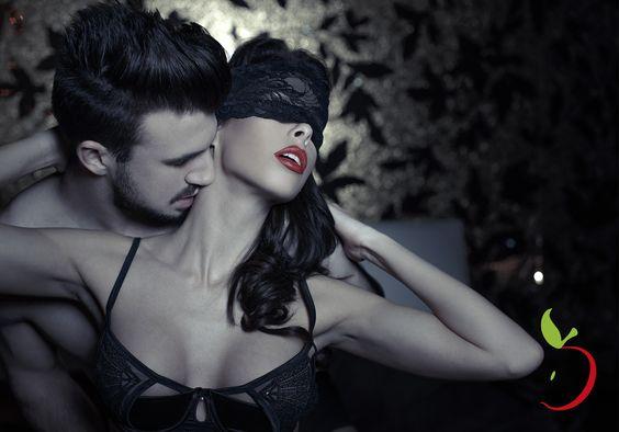 Invista nas Preliminares e Leve o Seu Amor a Loucura! Saiba como com a #DesejoOculto http://www.desejooculto.com.br/dicas/detalhes/94 #SexShop #preliminares #sexo #amor #orgasmo