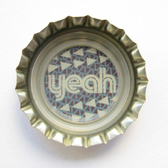 "Coca-Cola Brasil promotional ""yeah"" bottle cap."