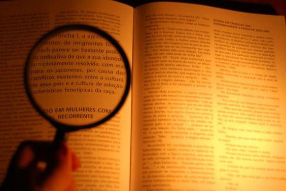 Precisa de palavras mas não as encontra? Conte connosco para fazer esse trabalho! Visite o site: http://palavrasparaque11.wix.com/palavras