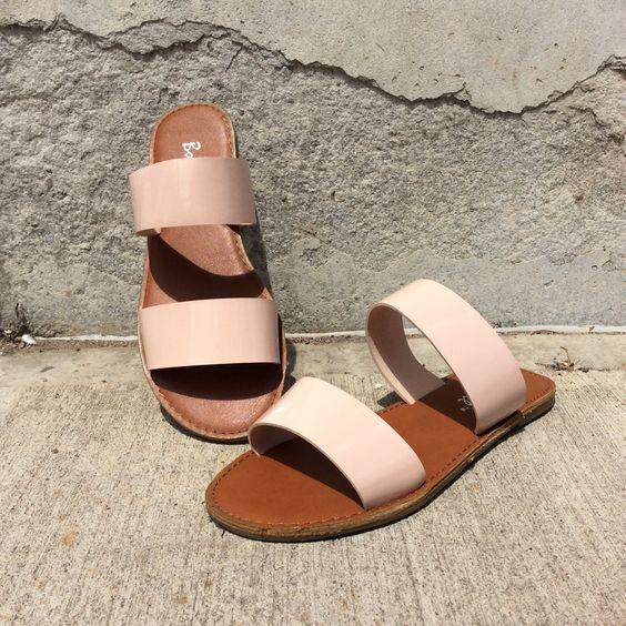 Blushing on the boardwalk sandal