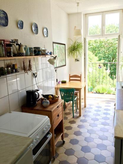 Diese Küche lädt zu gemeinsamen WG-Abenden ein #Küche #WG Küchen - wohnungseinrichtung inspiration