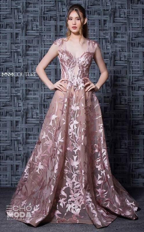 أجمل ۱٥ موديل فساتين سهرات فخمه جدا ٢٠٢٠ ايكو موضة In 2020 Couture Evening Dress Couture Dresses Mnm Couture