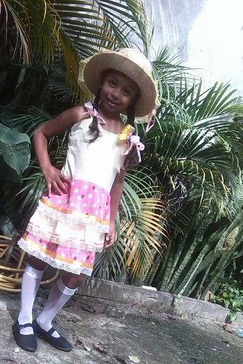 Vestido caipira tamanho 6 anos,2015