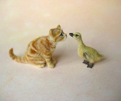 Miniature-Gosling-with-Tabby-Kitten-OOAK-by-OREON-Dolls-House-cat-1-12