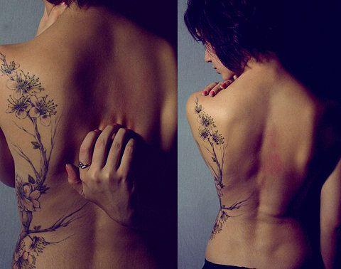I love back #tattoos they are my fave: Tattoo Ideas, Awesome Tattoo, Backtattoo, Side Tattoo, Body Art, Back Tattoos, Tattoos Piercings, Cherry Blossom Tattoos, Flower Tattoos