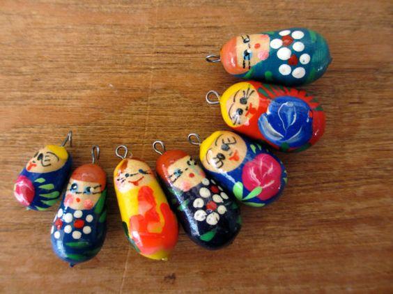 Set of 7 Russian doll Matryoshka pendant beads by MiaFrancesca, $5.50