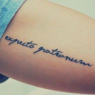 42 tatouages magiques sur le thème d'Harry Potter