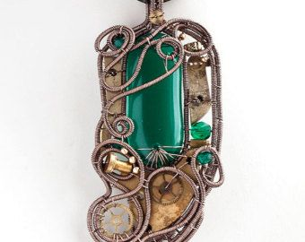Emerald green steampunk heart with key par ukapala sur Etsy
