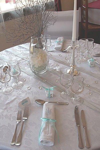 décoration de table mariage blanc bleu et argent