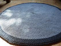 Häkeln Teppich im Grau