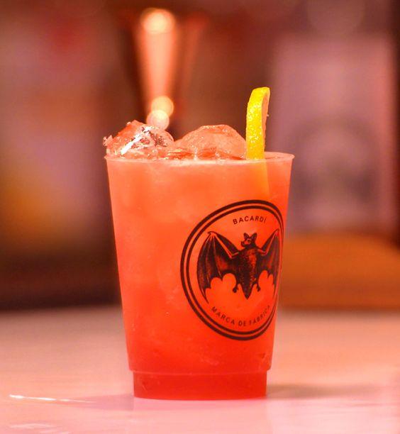 Bacardi Rum Punch: 750 mL bottle BACARDÍ Superior Rum;  1 l Cranberry Juice;  2 l Ginger Ale (Chilled);  8 oz. Orange Juice;  1 oz. Lime Juice;  1 1/2 oz. Lemon Juice