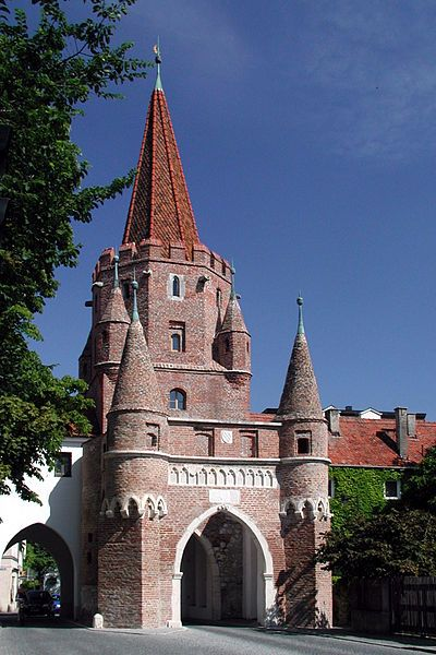 Kreuztor Ingolstadt built in 1385, gateway to the medieval city  of Ingolstadt, Germany