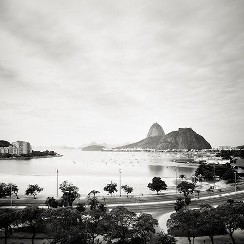 Botafogo - Rio de Janeiro, Brazil, 201050 x 50 cm, ed.10   100 x 100 cm ed.5   150 x 150 cm ed.5 Silver Gelatin Print, Caixa de Acrílico ou Madeira  josef hoflehner
