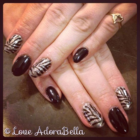 Hot Zebra Glitter Nails w/ @Elizabeth Hayes #glitter #zebraprint #animalprint #gelnails #gelmanicure #nailart #pretty #beautiful #fashion #style #girls #nails #gelpolish #hot #loveadorabella