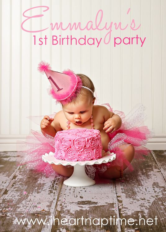 Pretty In Pink 1st birthday.  Love this picture